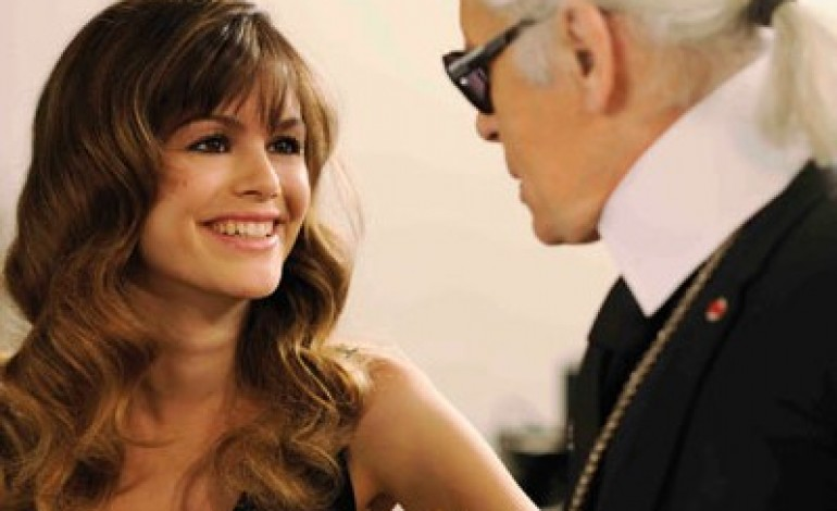 Karl Lagerfeld gira uno spot con Rachel Bilson per Magnum