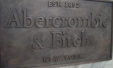 Abercrombie & Fitch torna in utile nel primo trimestre