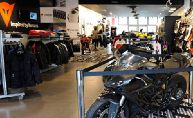 Dainese accelera nel retail