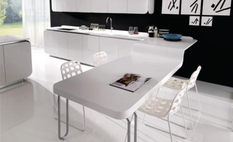HI-MACS® in cucina per IT-IS di Euromobil