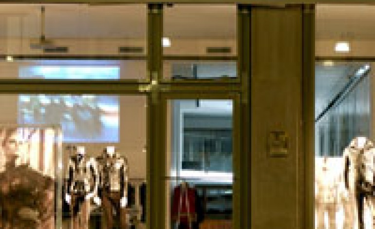 Labelux acquisisce Belstaff da Clothing Company