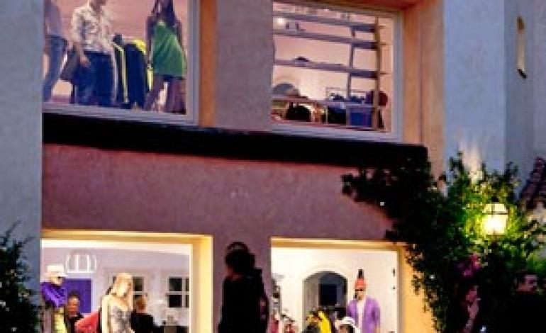 A porto cervo il primo fashion design store cascella for Cascella arredamenti