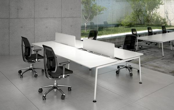 Faram porta compasso in ufficio pambianco design for Faram arredi