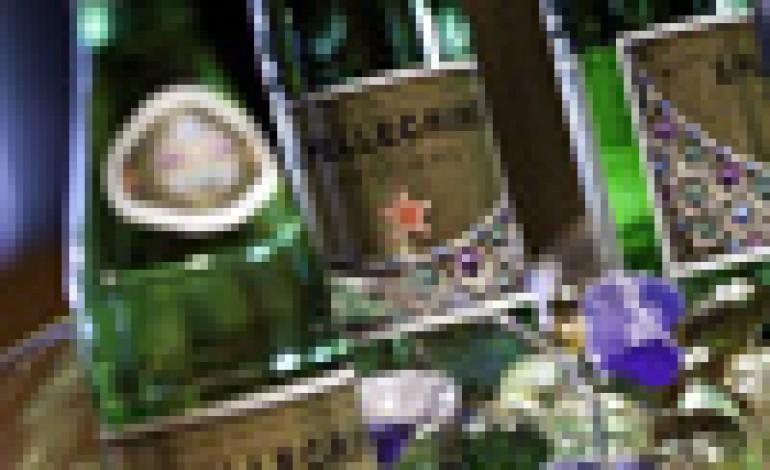 La bottiglia San Pellegrino sposa Bulgari