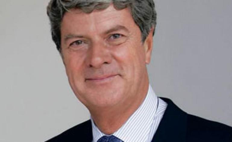 Yves Carcelle lascia a Constans il timone di Louis Vuitton
