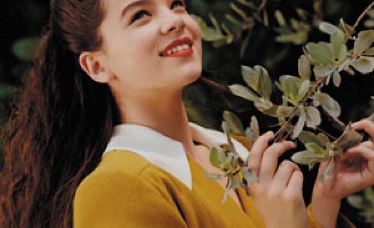 """Miu Miu presenta """"Portrait Of Hailee"""" by Bruce Weber"""