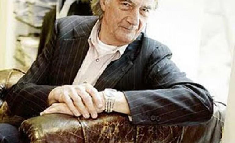 A Paul Smith l'Outstanding Achievement in Fashion Design