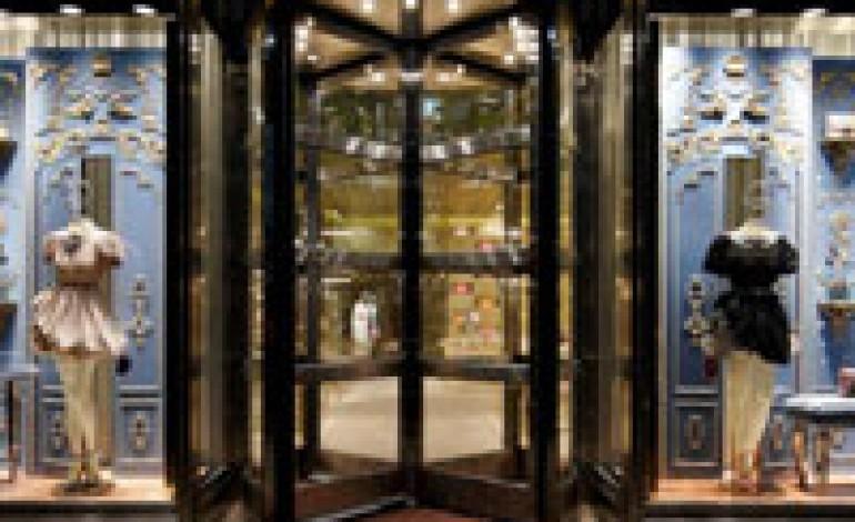 Tre piani per il nuovo store Miu Miu a Tokyo