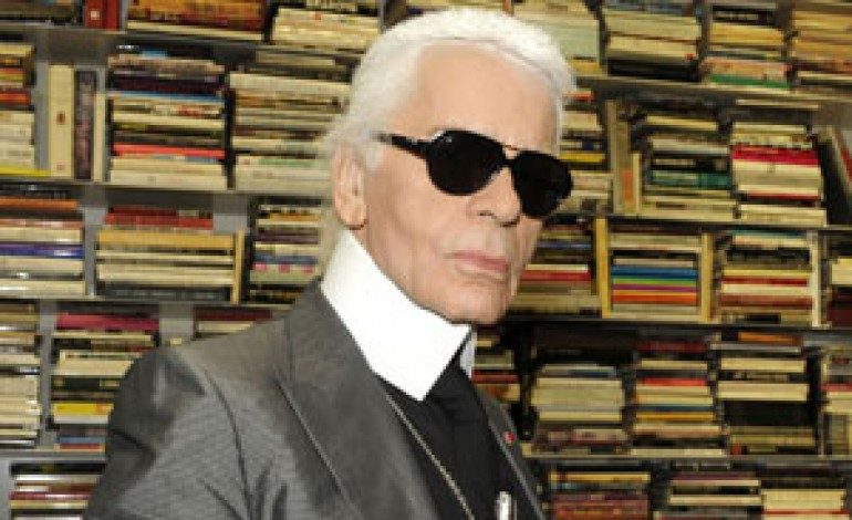 Karl Lagerfeld pronto per l'e-commerce