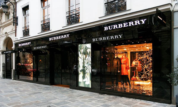 burberry a parigi 3mila mq di brit style pambianco news. Black Bedroom Furniture Sets. Home Design Ideas