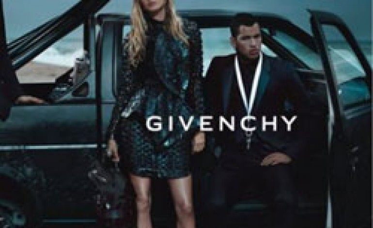 Gisele Bundchen nuova testimonial per Givenchy