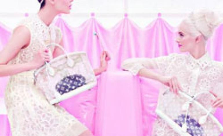 Toni pastello e atmosfera bon ton per l'estate di Louis Vuitton