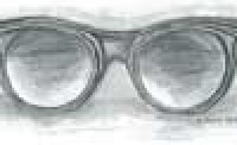 Cutler and Gross si mette gli occhiali di Alberta Ferretti