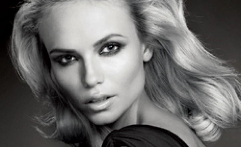Natasha Poly nuova testimonial della bellezza di L'Oréal Paris