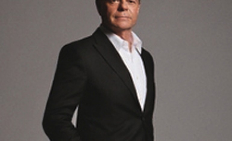 Calvin Klein riacquisisce le licenze in Europa