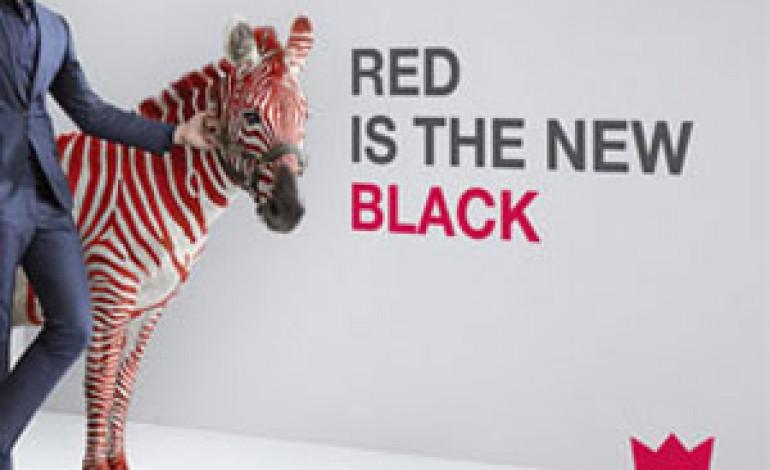 Il rosso è il nuovo nero per Red