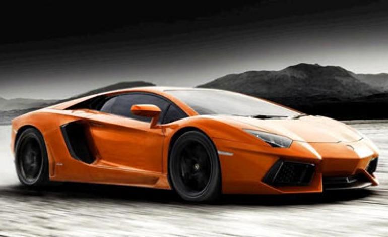 Terzo anno in crescita per Lamborghini. 1.120 auto vendute nel 2013