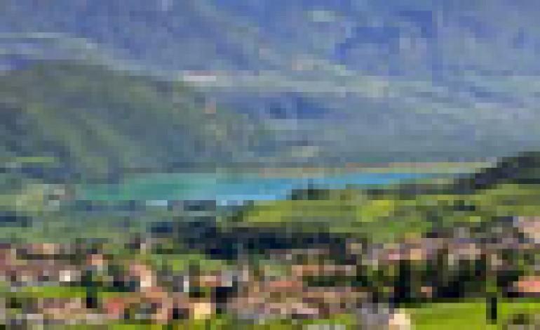 Il 3 e 4 maggio il Gambero Rosso va sul Lago di Caldaro