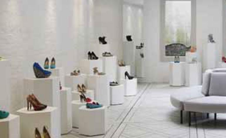 Sbarcano a New York le scarpe scultura di Nicholas Kirkwood