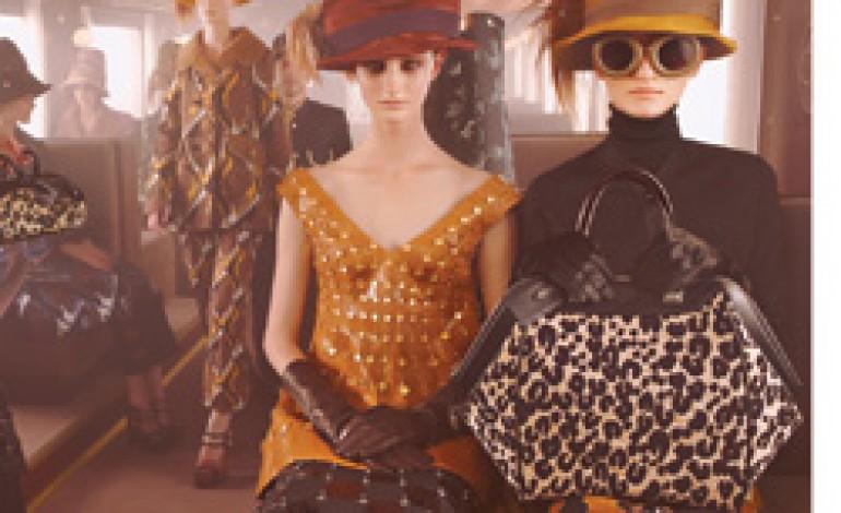 10 modelle in viaggio per l'inverno di Louis Vuitton