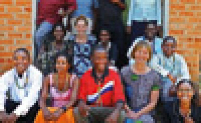 Trollbeads porta l'arte del vetro in Malawi