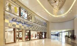 Ferragamo: negozi in Cina sì, ma più piccoli