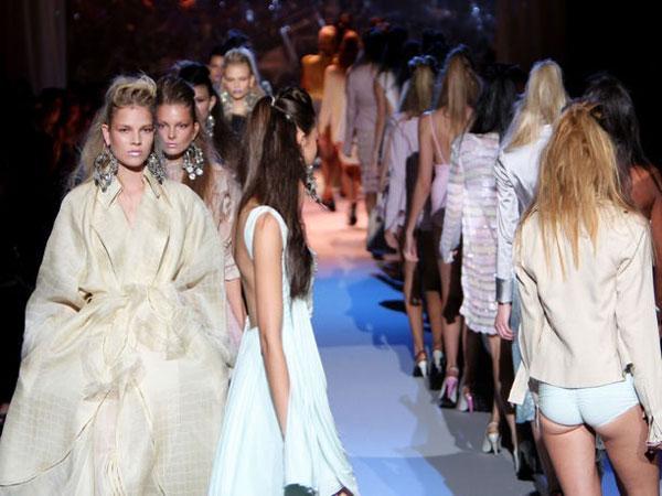 Sfilata moda donna