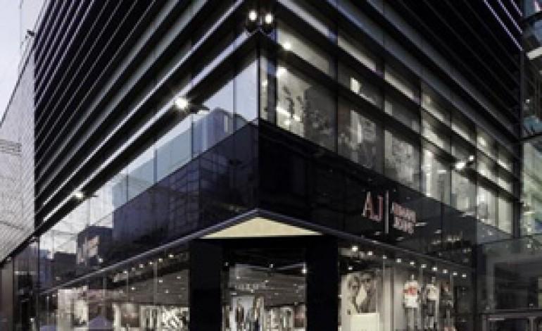 Armani gestirà direttamente le vendite in UK