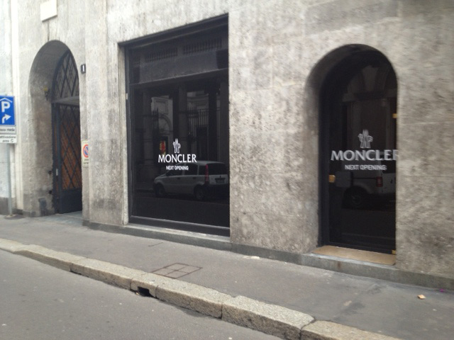 moncler via montenapoleone