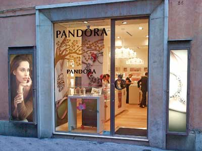 Store Pandora a Roma in via Frattina