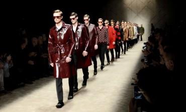 Burberry lascia Milano Moda Uomo per Londra
