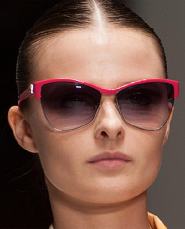 Un modello di occhiali Laura Biagiotti