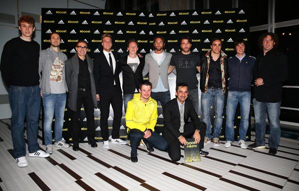 Gli sportivi presenti all'evento con Nicola Savino che ha presentato la serata