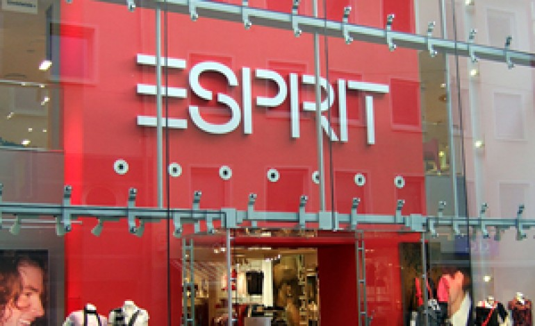 Gli utili di Esprit dimezzati nel semestre