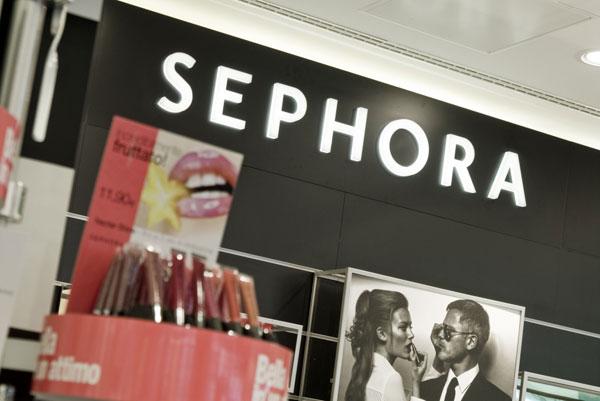 Un particolare del nuovo store Sephora a Pisa