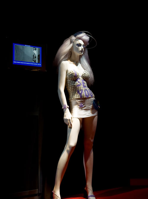 Eye See mannequin di Almax