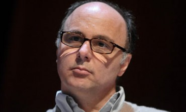 Glasses.com passa a Luxottica