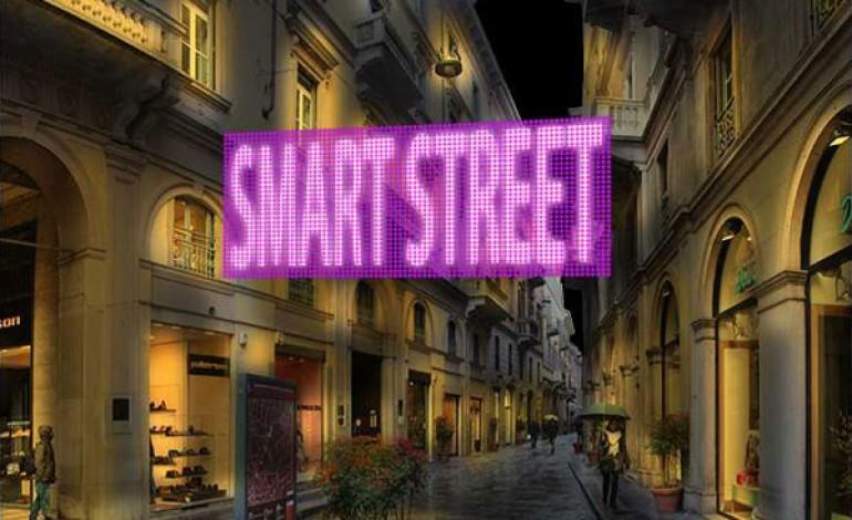 Via della Spiga accende la prima smart street di Italia