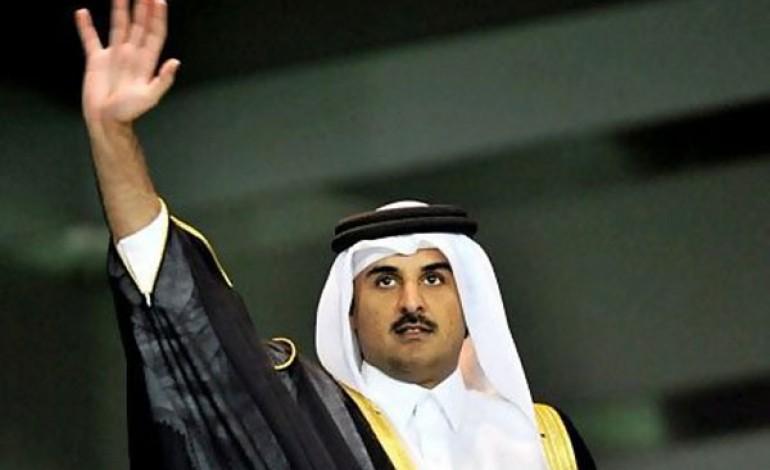 L'emiro del Qatar passa i poteri al figlio. Ma resta al fondo Qia