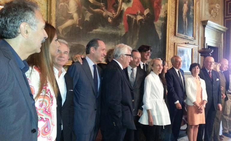 Pisapia apre la Scala alla moda