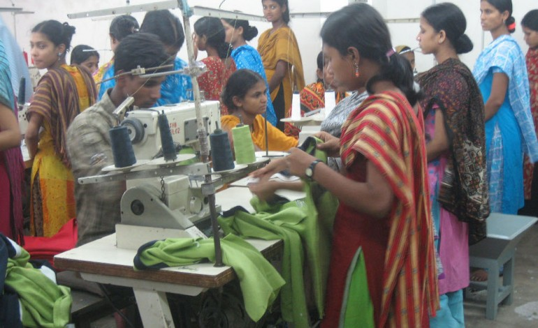 L'India lancia il piano tessile: 10 milioni di posti entro il 2017