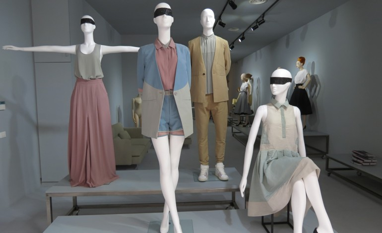 La Rosa inaugura lo showroom di Parigi