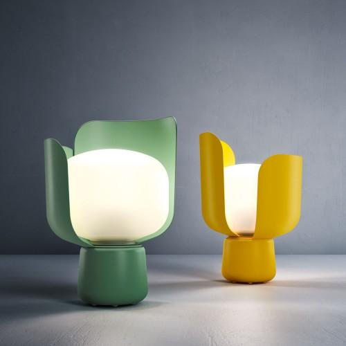 La lampada da tavolo Blom firmata FontanArte