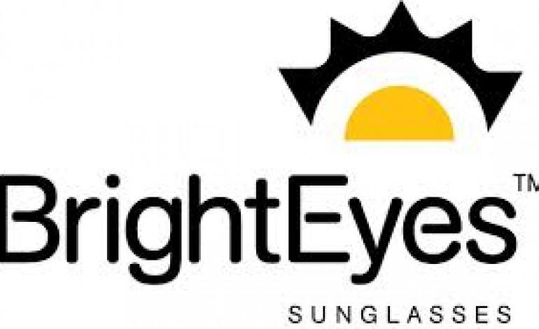 Luxottica cede Bright Eyes agli ex proprietari