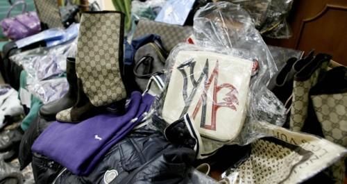 Prodotti griffati contraffatti