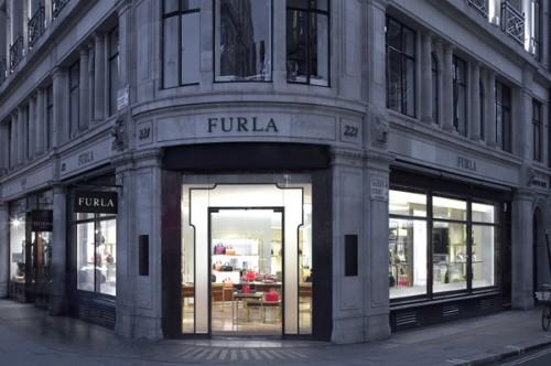 Il negozio Furla in Regent Street