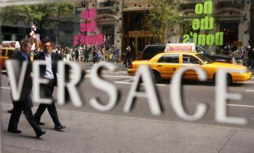 Capri Holdings porta i suoi manager in Versace