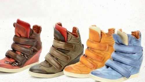 Alcune calzature prodotte da Olip Italia