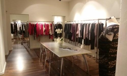 Showroom via S.Andrea 3