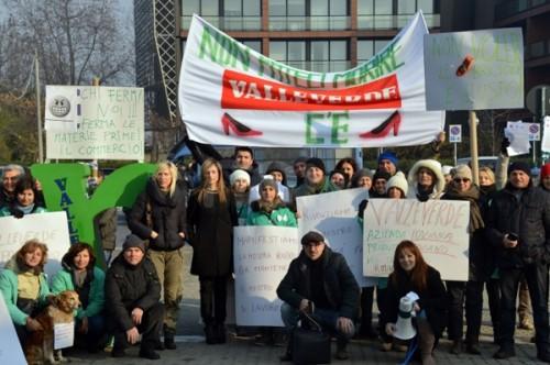 La protesta dei dipendenti Valleverde  Foto: Romagnanoi.it